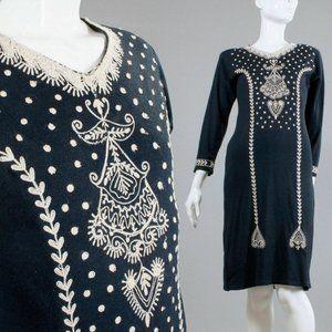 M Vintage 70s Embroidered Wool Dashiki Dress